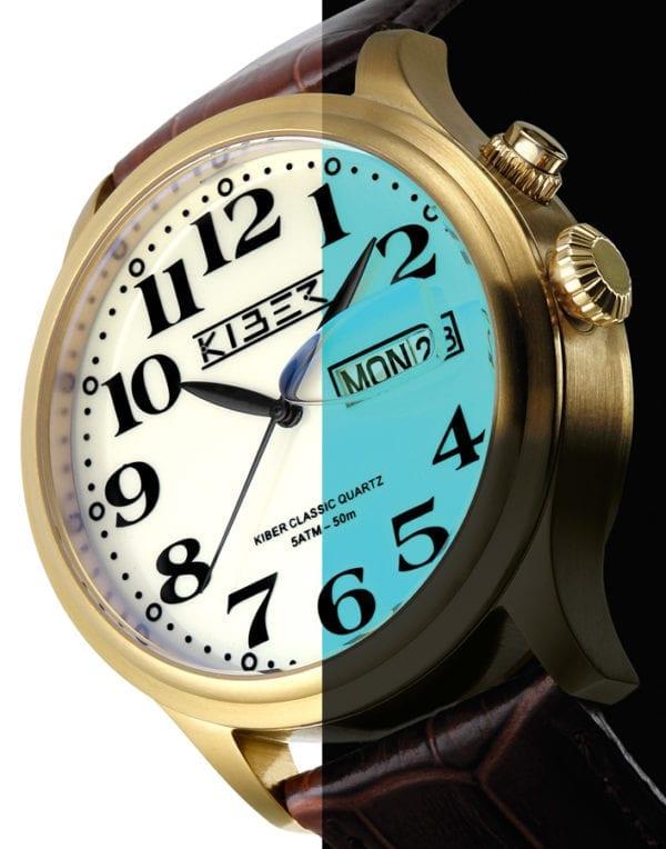 Kiber Iluma is het horloge met grote cijfers en lichtgevende plaat